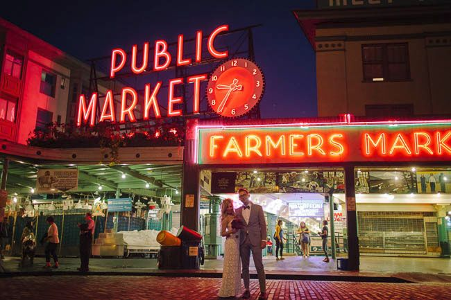 Real Wedding: Jonathan & Danielle, Pike Place Market Wedding